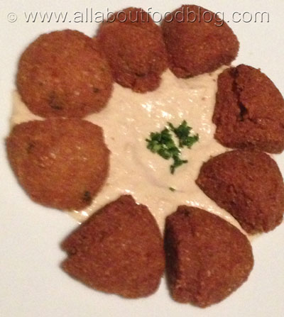 Falafel with Hommus