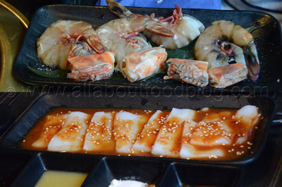 z9a-Large-Tiger-Prawns-and-Squid