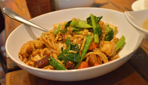 Vegetables and Tofu egg noodles with cashew nut sauce - $12.90