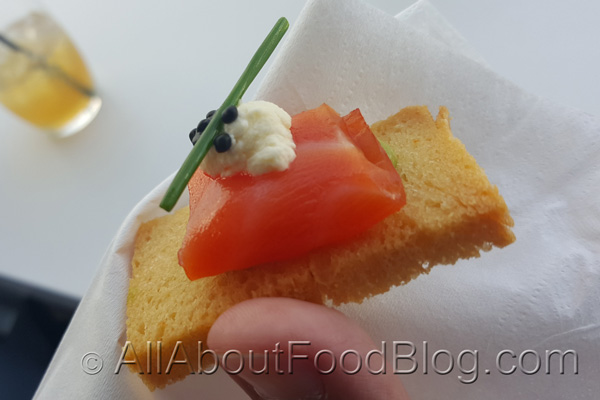 Smoked salmon with cream cheese and caviar on crostini