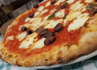Napoletana Pizza from Righetto Osteria Romana